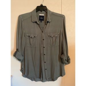 Tops - American Eagle Button Up